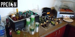 Drinks at Google Giants Luxury Suite